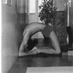 Cours de yoga à Nice - Centre Nataraja - Postures - Kapotasana
