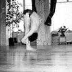 Cours de yoga à Nice - Centre Nataraja - Postures - Utthanasana